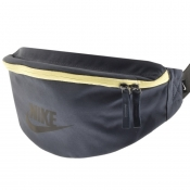 Nike Core Heritage Waist Bag Navy